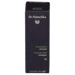 Dr. Hauschka® Foundation 03
