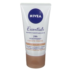 NIVEA® FACE Getönte Feuchtigkeitspflege bronze LSF 8