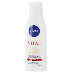 NIVEA® Vital Verwöhnende Reinigungsmilch