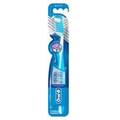 Oral-B® ProExpert CrossAction