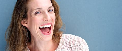 Falten im Alter – kann man Hautalterung aufhalten?