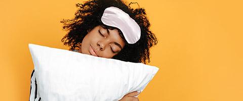 Schlafstörungen und Schlaflosigkeit besiegen – Ursachen und Therapie